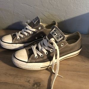 Lightly used women's Gray converse